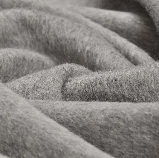 Пальтовая ткань серого цвета с мелким ворсом