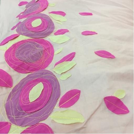 Хлопок летний розового цвета Aspesi продольный купон с нашитой аппликацией