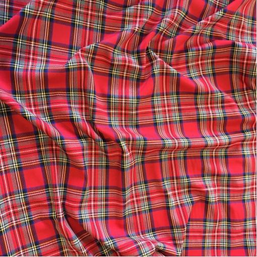 Ткань костюмная поливискозная стрейч клетка в красно-синей гамме