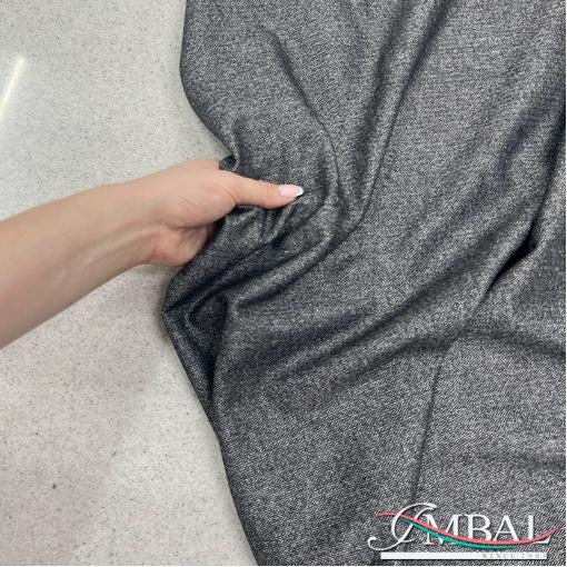 Ткань костюмная шерстяная тонкая светло-серо-голубого цвета