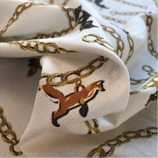 Вискоза плательная креповая стрейч принт собачки и лисы на цепочках