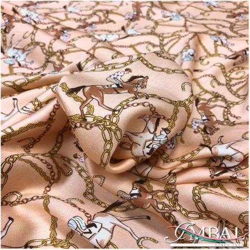 Вискоза мягкая плательная принт в стиле Hermes всадники и цепи на персиковом фоне