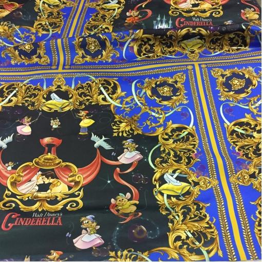 Ткань плащевая тонкая принт Versace с персонажами мультфильмов Walt Disney