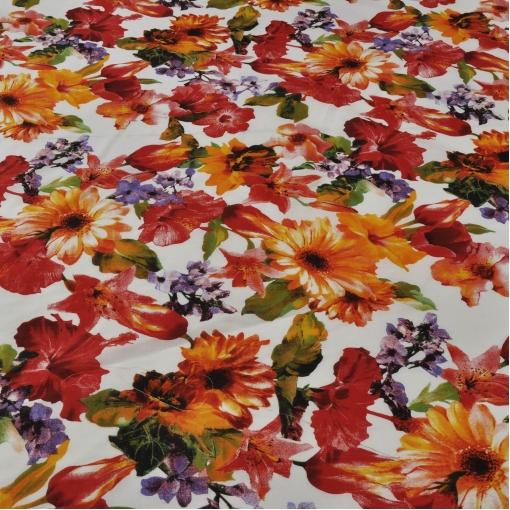 Жаккард шелковый в яркий цветок