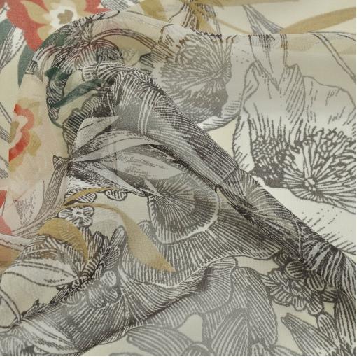 Шелковый шифон цвета слоновой кости с серо-красным рисунком