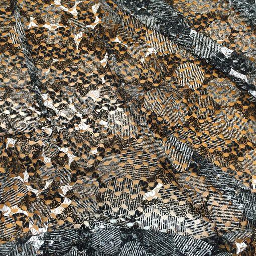 Кружево стрейч Armani вязаное в черно-белых тонах