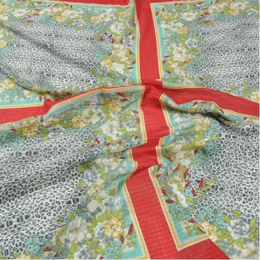 Вафельный шелк с ярким купонным рисунком