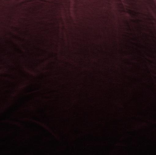 Вискозный бархат вишневого цвета