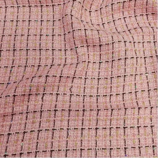 Шанель нарядная розового цвета с золотым люрексом и пайетками