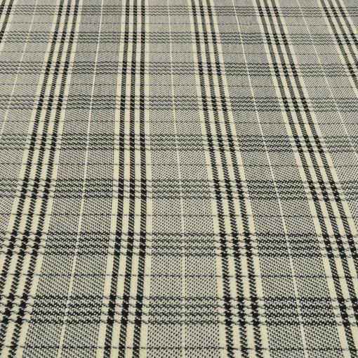 Костюмно-пальтовая ткань с клетчатым рисунком «гусиная лапка»
