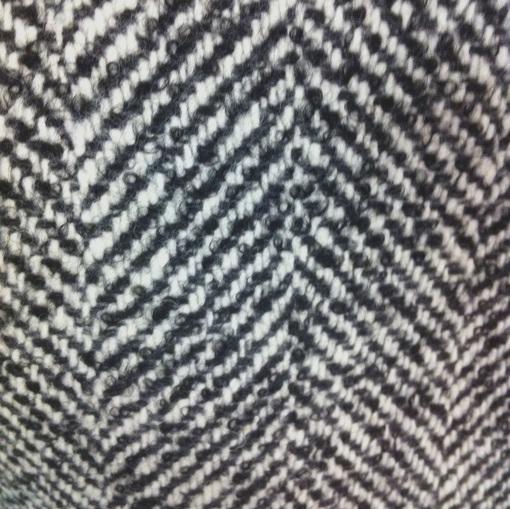 Пальтовый шерстяной твид в черно-белую крупную елочку