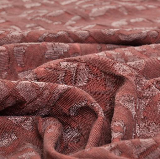 Трикотаж деворе грязно-розово-терракотового цвета