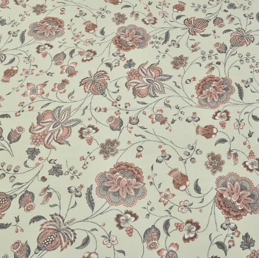 Шелк крепдешин на белом фоне грязно-розовые цветы  с бордюром по краю полотна