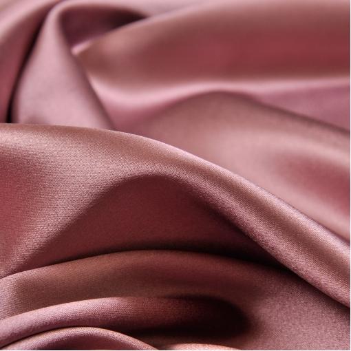 Стрейчевый атласный шелк сиренево-розового цвета