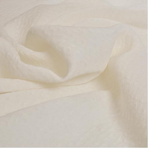 Жаккардовый плательный шелк необычного плетения молочного цвета