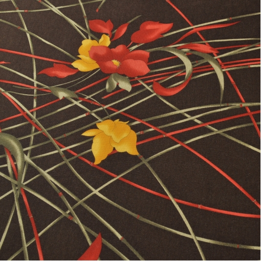 Шоколадная вискоза – стрейч с ярким тонким цветочным рисунком