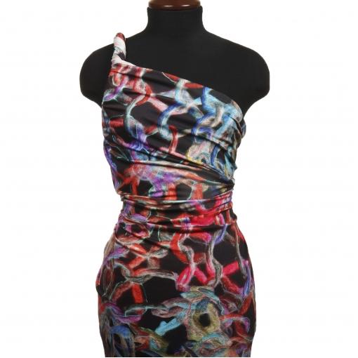 Вискозный черный трикотаж с веревочным рисунком фиолетово-красного цвета