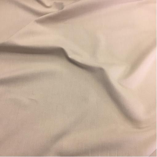 Джинса средней плотности стрейч золотисто-молочного цвета