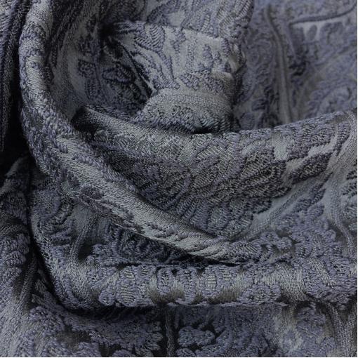 Жаккард нарядный Antonio Marras черные огурцы на черном фоне