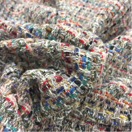Шанель шерстяная цветные нити в бежево-песочных тонах