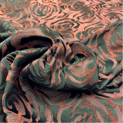 Жаккард нарядный принт Blumarine абстрактные розы в красно-черных тонах