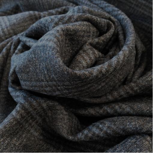 Ткань костюмная шерстяная стрейч в серо-синюю клетку