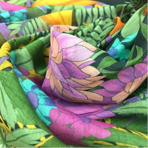 Муслин хлопок с шелком голубые цветы и зелень