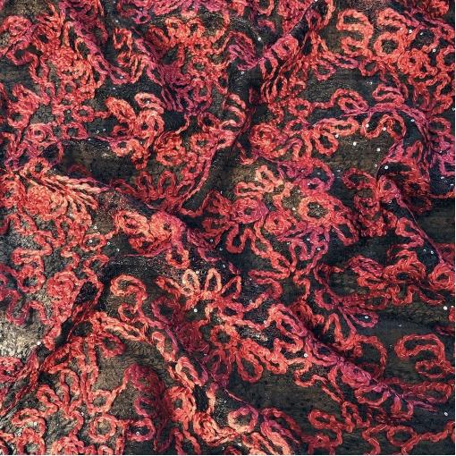 Кружево нарядное Alberta Ferretti с пайетками и вышитым узором винного цвета