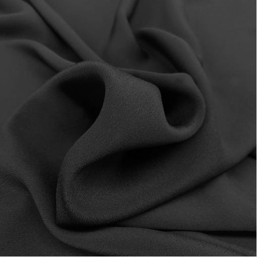 Шелк креповый с ацетатом черного цвета