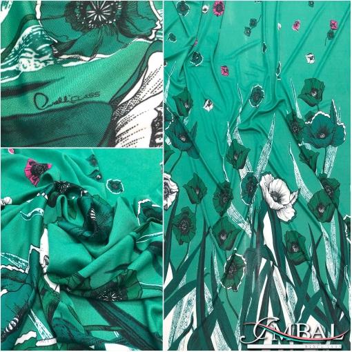 Трикотаж вискозный скользкий принт Сavalli сlass купон маки на зеленом фоне