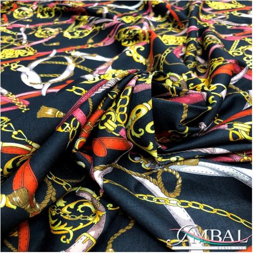 Трикотаж вискозный стрейч дизайн Versace цепи и ремни на черном фоне