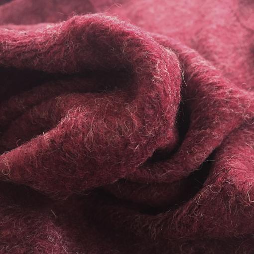 Лоден шерстяной стрейч свекольного цвета