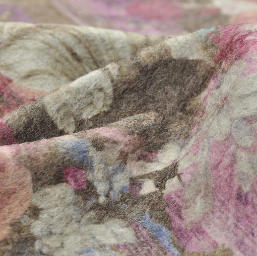 Зимний полушерстяной трикотаж с цветочным принтом