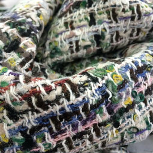 Шанель костюмно-пальтовая серо-бежевого цвета с люрексом
