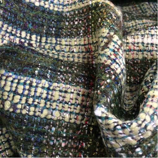 Шанель костюмно-пальтовая оливково-болотного цвета с люрексом