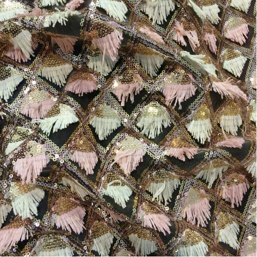 Сетка нарядная с мелкими пайетками и бахромой
