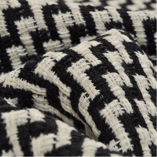Черно белая пальтово-костюмная шерсть