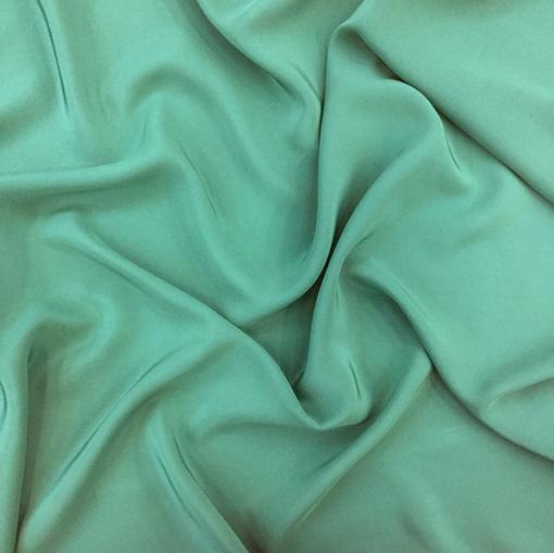 Шелк креповый непрозрачный цвета зеленой бирюзы