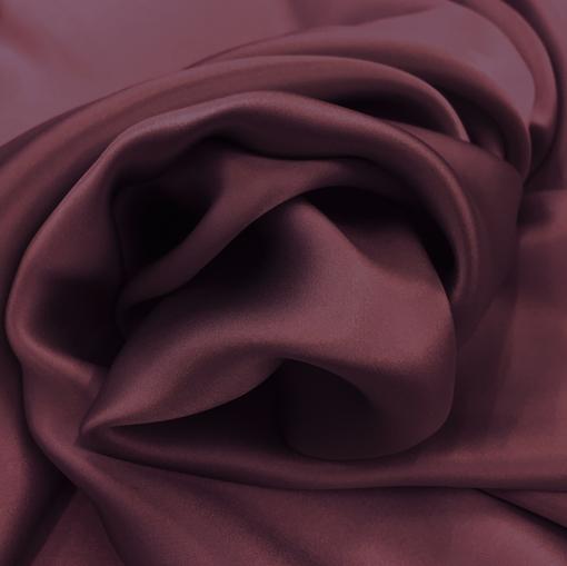 Шелк атласный бордово-сиреневого цвета