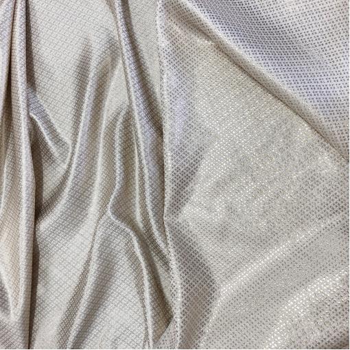 Жаккард нарядный дизайн D&G люрексовые штрихи на фоне цвета айвори