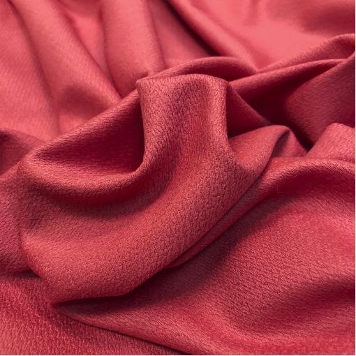 Ткань костюмная жаккардовая тонкая стрейч Valentino красно-малинового цвета