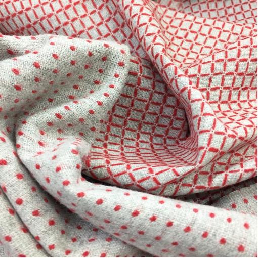 Ткань костюмная светло-серая дизайн Pinko с красной вышитой клеткой