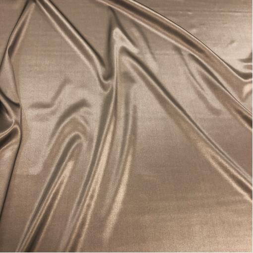 Шелк атласный стрейч цвета молочного шоколада