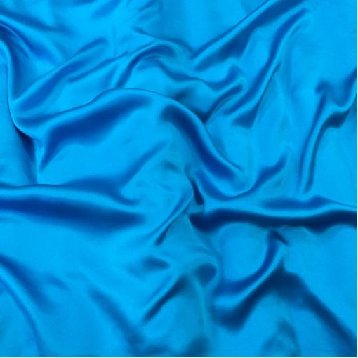 Шелк атласный  ярко-голубого цвета