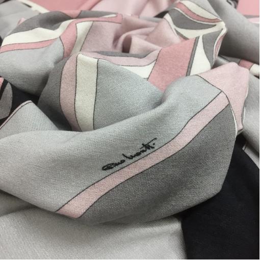 Трикотаж вискозный мягкий принт Piero Moretti в серо-розовой гамме