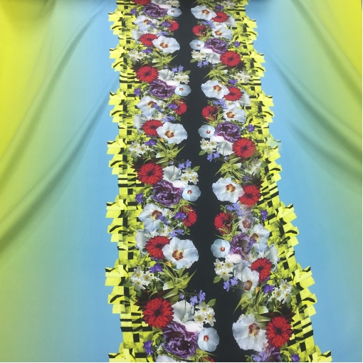 Вискоза мягкая плательная принт Versace продольный цветочный купон