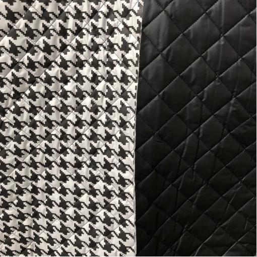 Ткань курточная стеганная двухсторонняя принт D&G черно-белый пье-де-пуль