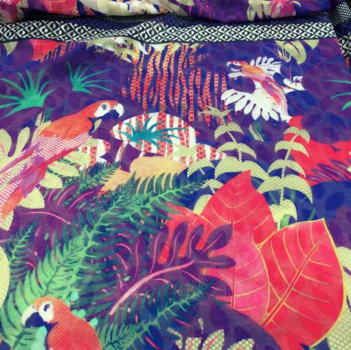 Хлопок купон принт Pierre Cardin тропики в фиолетово-розовых тонах