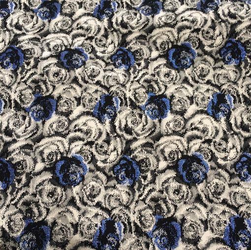 Жаккард нарядный стрейч с голубыми люрексовыми розами