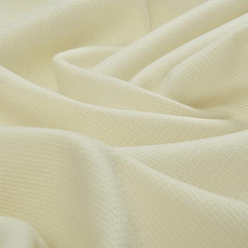 Ткань пальтовая оттенка молочной пенки